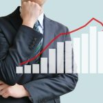 投資信託を積立してたけど成績が振るわないから一時停止すべき?